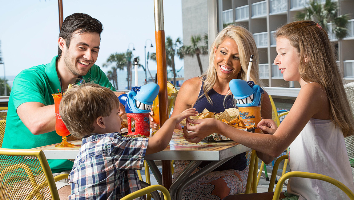 Outdoor patio dining at a Myrtle Beach Restaurant