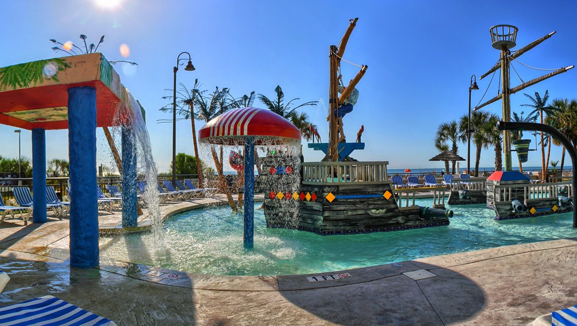 Still of the Shipwreck Lagoon Kids' Waterpark at the hotel