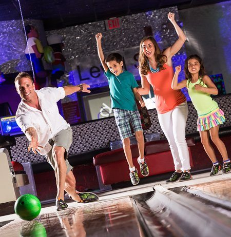 Image for: Bowling & Arcade