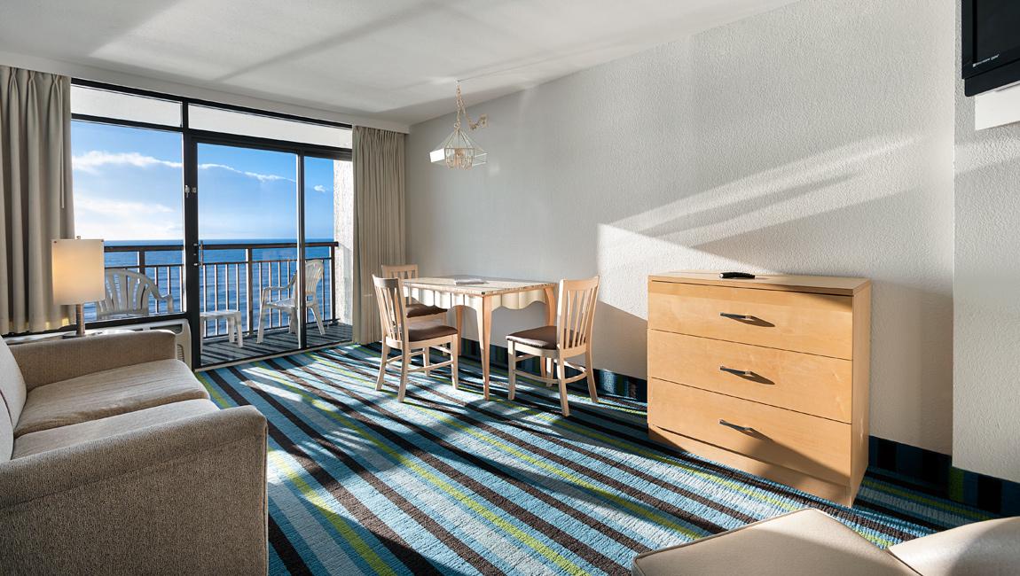 Myrtle Beach Oceanfront Suite Living Room